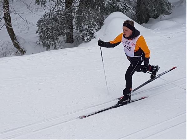 Paulin Breidenbach auf der Loipe beim Skilanglauf